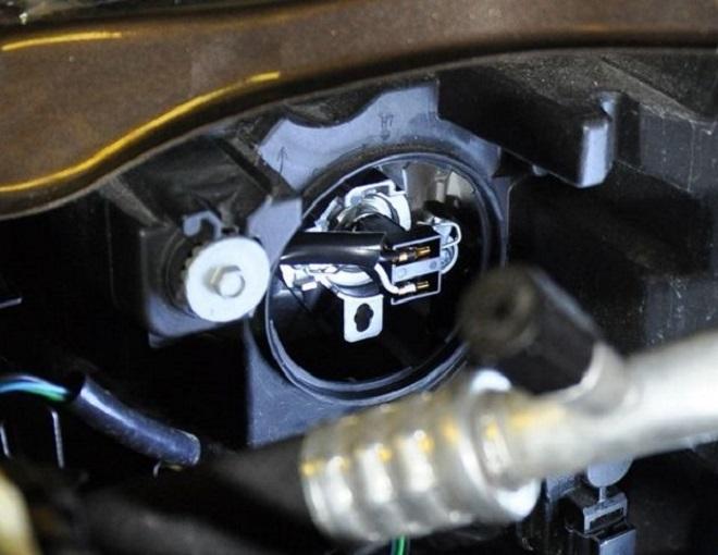 Обзор ресничек для задних фонарей Lada Vesta » Лада.Онлайн